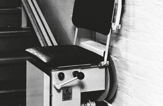 In 1968 ontwikkelde Otolift zijn eerste traplift.