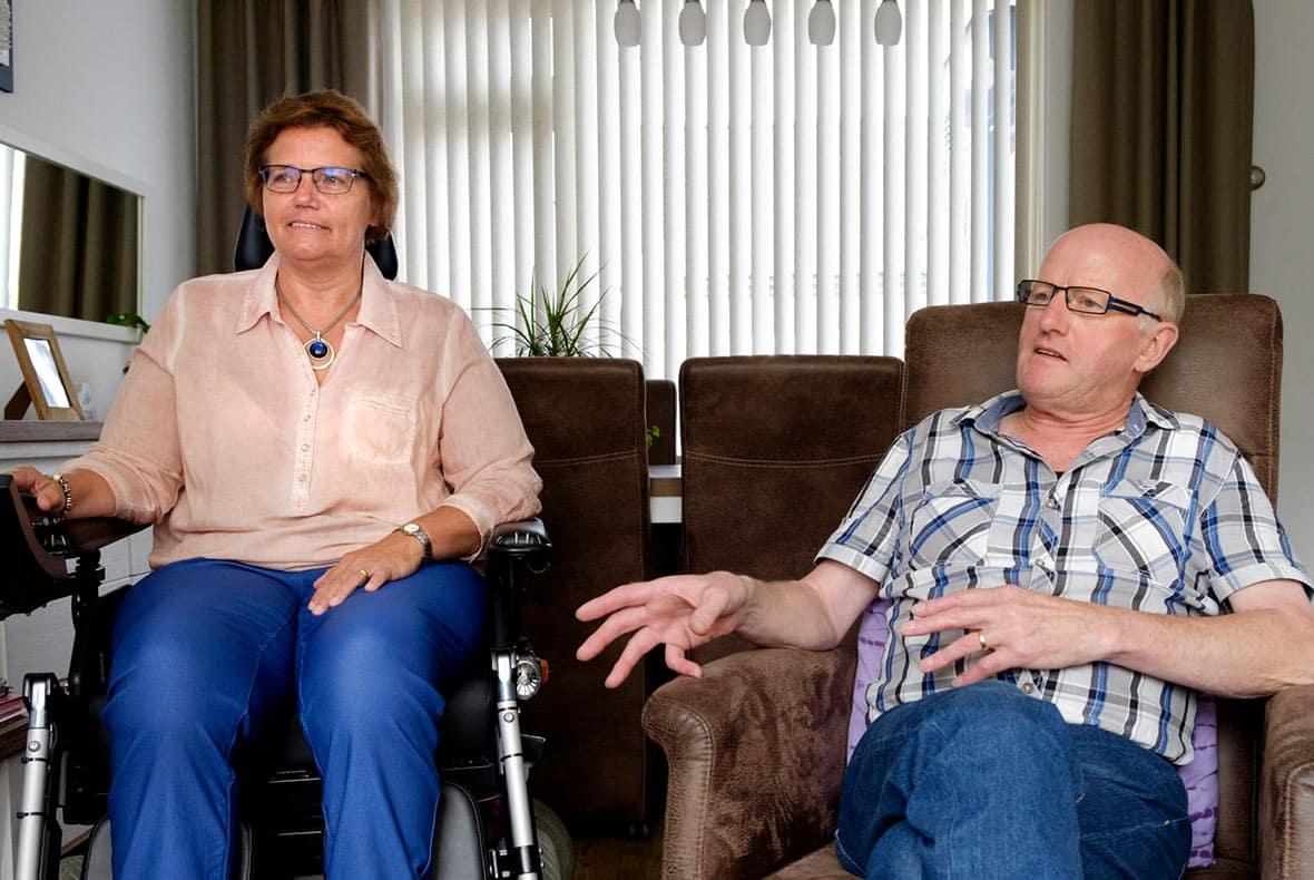 De familie Kasteel over de blijdschap met de traplift
